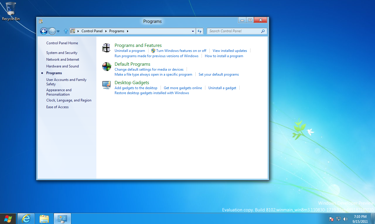 Windows 8 DP Control Panel - Turn Windows features on or off
